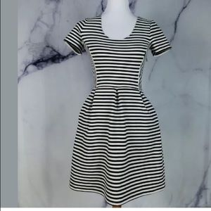 Madewell Womens Dress Sz 0 Black White Short Sleev
